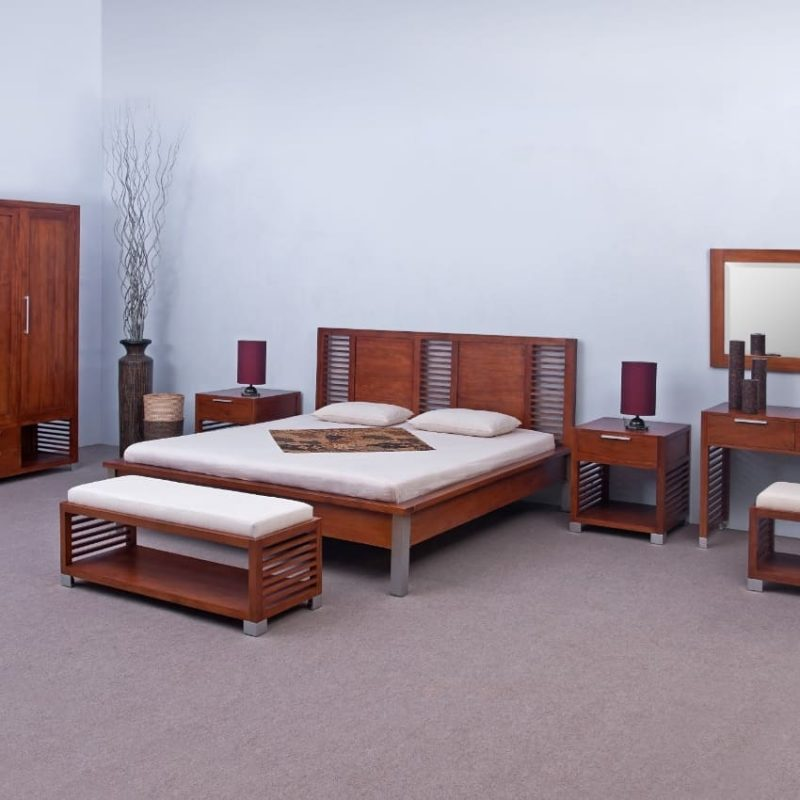 DILI BEDROOM SET. Furniture made in Indo...